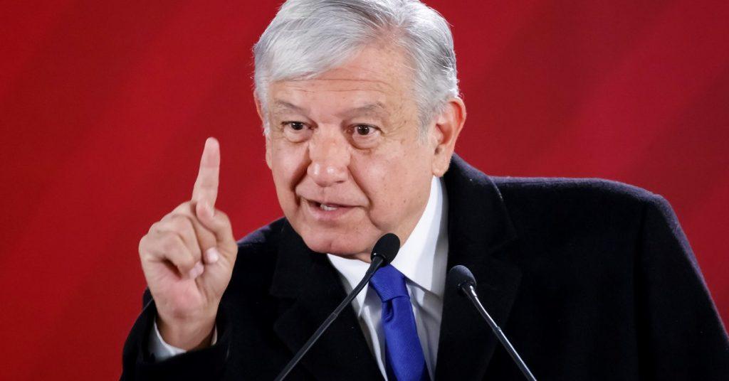 """""""Me pondré una máscara cuando no haya corrupción"""": López Obrador respondió de esta manera al PAN"""