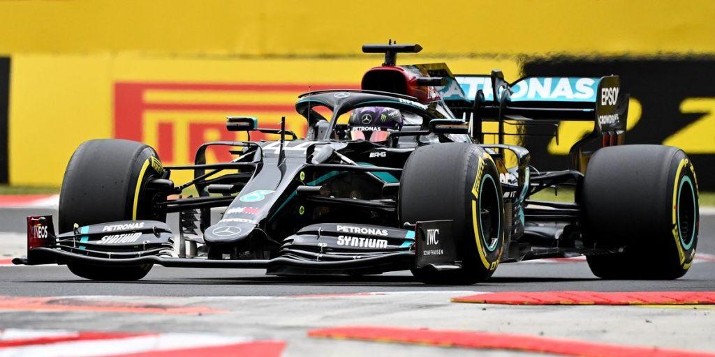 Polo de Hamilton con Racing Point al acecho y Sainz noveno