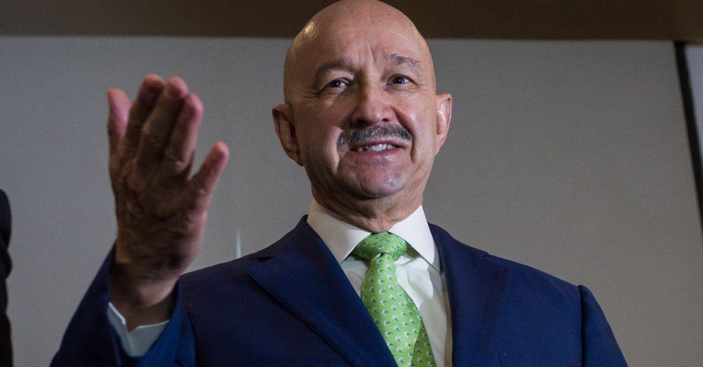 Carlos Salinas de Gortari en la denuncia de Emilio Lozoya: cabildeo, presión y contratos millonarios para su hijo con Pemex