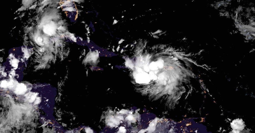 Marco y Laura, los ciclones que detuvieron la producción de petróleo en el Golfo de México y evacuaron las plataformas